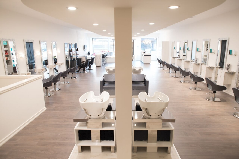 Toronto canada ambienti saloni karisma beauty design for Karisma arredamenti parrucchieri